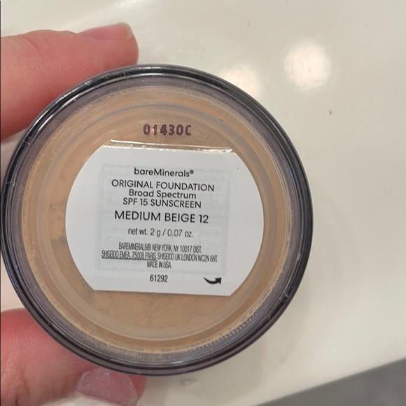 Bare minerals foundation powder